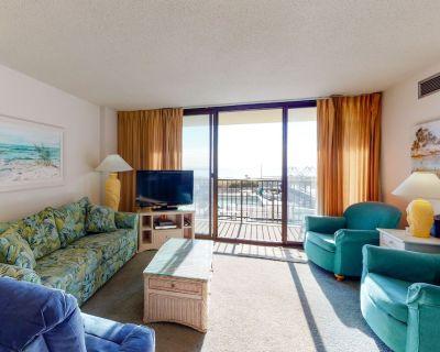 Sea Colony Ocean 2nd floor condo w/ free WiFi, elevator, and shared sauna - Bethany Beach