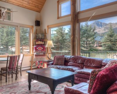 Ski in/Out Genuine Montana Mountain Home - Big Sky Mountain Village