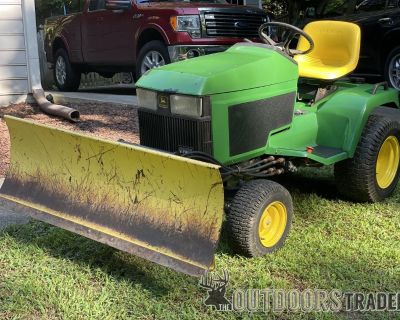 FS/FT John Deere 425 tractor with 54 blade and 54 deck