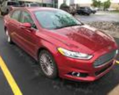 2016 Ford Fusion Red, 115K miles