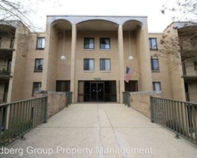7425 Democracy Blvd #108, Potomac, MD 20817 2 Bedroom House