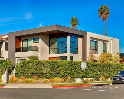 The Cosmopolitan Beverly Hills-modern & New - Beverly Hills