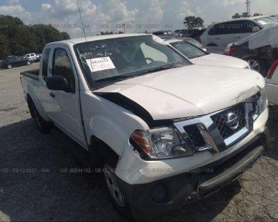 Salvage White 2018 Nissan Frontier