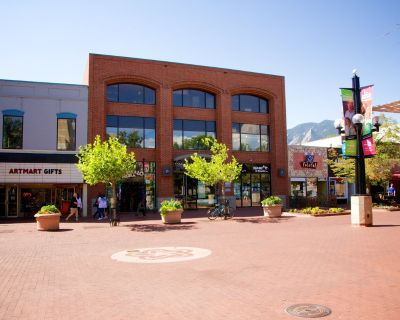 Office Suites Available For Lease in The Cartwright Building in Downtown Boulder