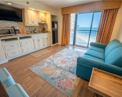 Ocean Front - NEWLY Updated Kitchen, Tile Floors, Decor - Windy Hill