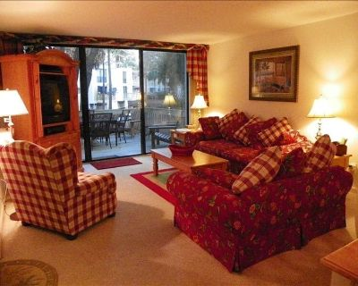 3 BR. Beautiful, Across from Beach, WIFI, Comfortable and Secure - South Forest Beach