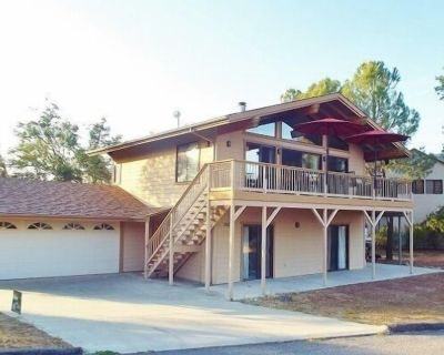 Getaway To This Relaxing, Comfortable Home With Internet! Pet Friendly - Oak Shores