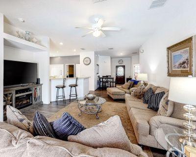 Wonderful Family & Dog-Friendly Home W/ Private Pool, Lanai & Central AC! - Four Corners