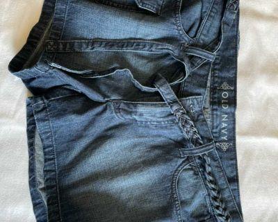 Old Navy shorts - 8