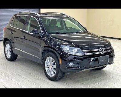 Used 2012 Volkswagen Tiguan SE w/Sunroof & Nav