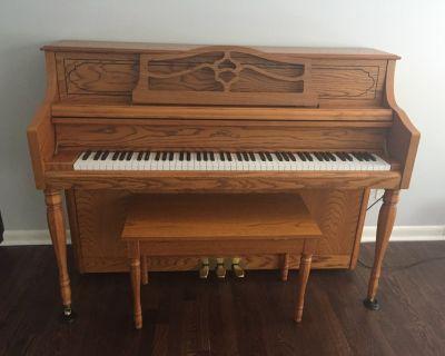 Piano - Samick console