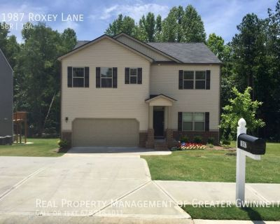 Spacious and Beautiful 5 bedroom Home!