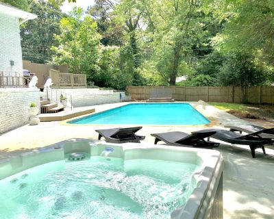 Large 5 Bdrm Home w/HotTub*BBQ*Foosball*in Stone Mountain*SUMMER:PrivatePool - Clarkston
