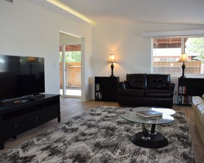 Recently remodeled private three bedroom two full bath on quiet cul de sac - Hedrick Acres