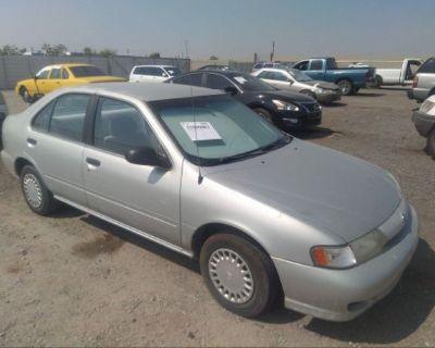 Salvage Silver 1999 Nissan Sentra