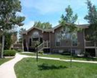 Sought after Villages at Rockrimmon Town Home!