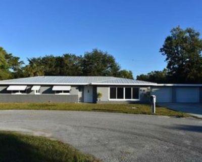 1647 Bates Cir, Fort Myers, FL 33901 4 Bedroom Apartment