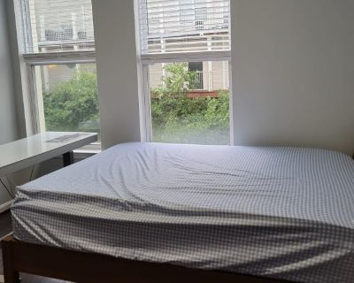 Shared room with own bathroom - Vienna , VA 22181