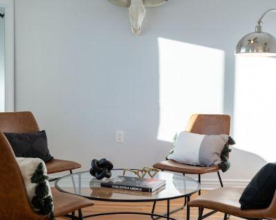 Casa Blanca: Newly Remodeled House (Walk to 4th/University/Downtown) - Feldman's