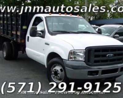 2006 Ford Super Duty F-350 Chassis Cab XL