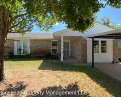426 W Hillcrest Dr, Mustang, OK 73064 4 Bedroom House