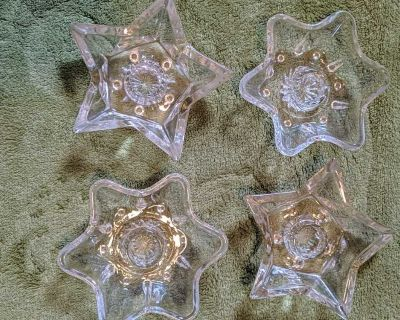 Set of 4 candles holders