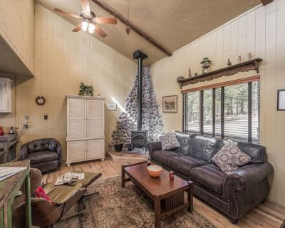 High ceilings and an open floor plan creates a wonderful living space for you an - Ruidoso