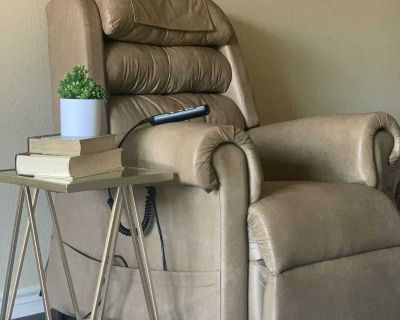 tan leather recliner/lift up chair