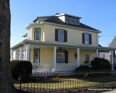 The Lodge on Main Street, a Victorian Apartment, walk to everything! - Rock Hall