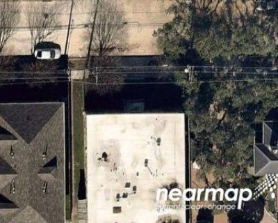 Preforeclosure Property in Houston, TX 77006 - W Main St