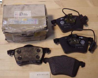 NOS 99 -2001 Volkswagen EuroVan Front Brake Pads
