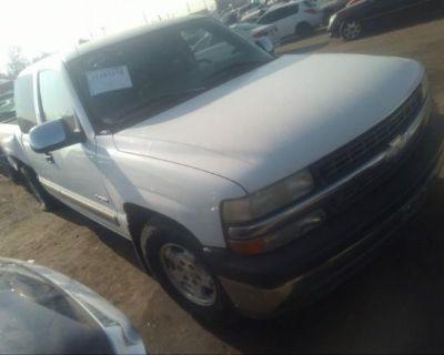 Salvage White 1999 Chevrolet Silverado 1500