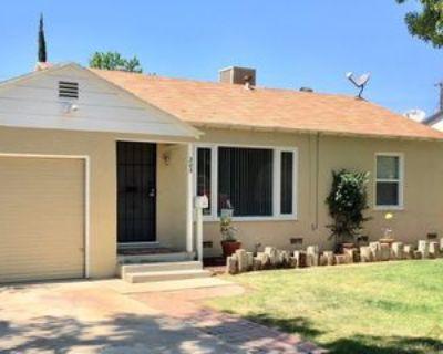205 Oakdale Dr #1, Bakersfield, CA 93309 2 Bedroom Apartment