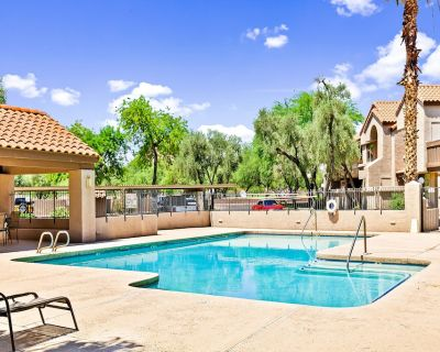 Ideally Located Tempe Home Near Everything W/free Wifi, Central AC, Shared Pool - Tempe