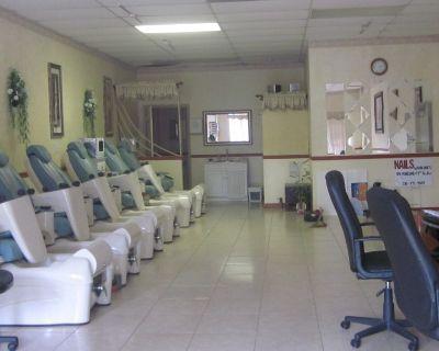 6 Lexor Pedicure Spa Chairs For Sale