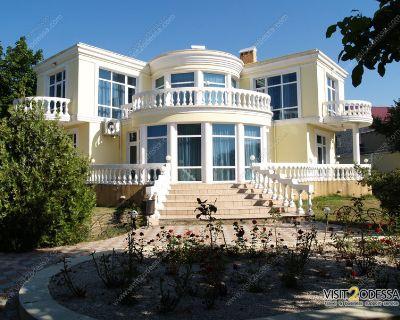 Apartment for Rent in Los Angeles, California, Ref# 2427432