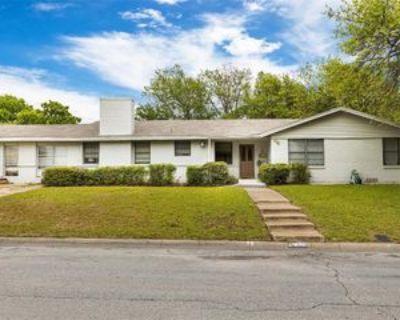 7509 Hovenkamp Ave, Richland Hills, TX 76118 5 Bedroom Apartment