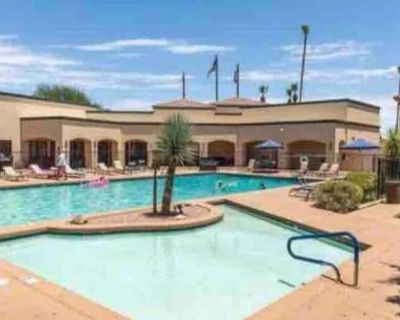 2 Central Scottsdale Newly Renovated Room w/ Pool - Sands Scottsdale Townhouse One