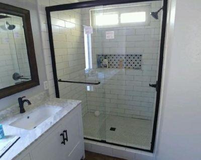 Tile Setter-Bathroom Remodels-Flooring-Showers-Fireplaces