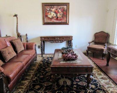 Modern Luxury Furniture in East Side El Paso Estate Sale Fri, 6/25 & Sat, 6/26!