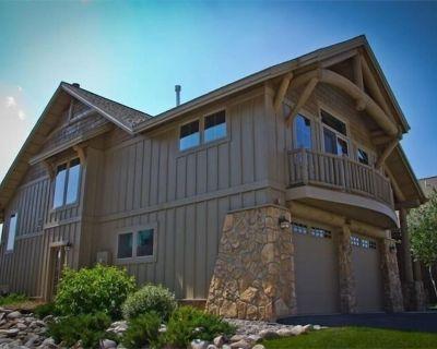 20% off-Luxury home w/ mountain/creek views; sauna/steam room; upscale/peaceful - Big Sky Meadow Village