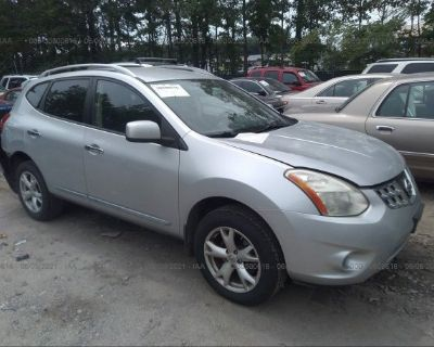 Salvage Silver 2011 Nissan Rogue