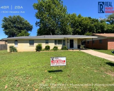 Beautiful 4-Bed 1.5-Bath Home in LR