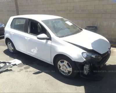 Salvage White 2010 Volkswagen Golf