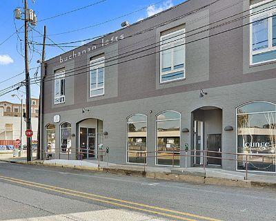 403 S Buchanan Street