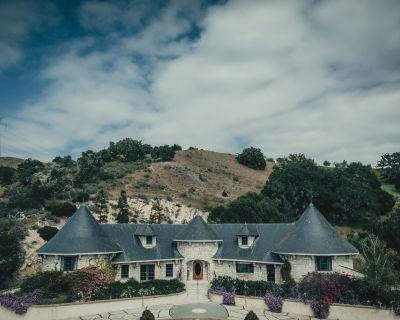 South Carriage House Suite at Chateau Noland - San Luis Obispo