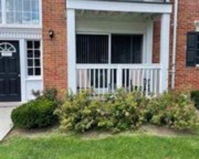 2445 Torquay Ave #103, Royal Oak, MI 48073 1 Bedroom Condo