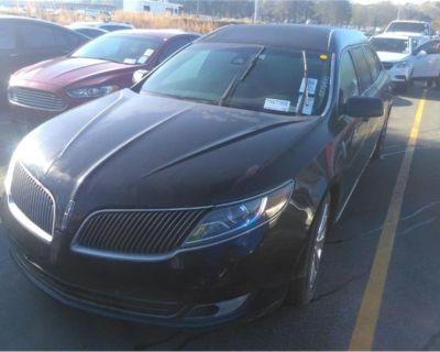 2014 Lincoln 4-Dr Sedan