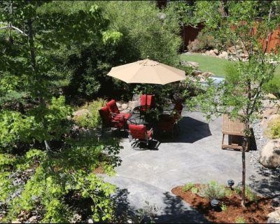The North Lake Lodges & Villas is a quaint boutique resort - Incline Village