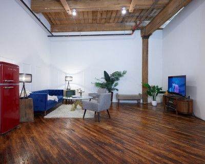Photography and Film Studio - Cyclorama wall, Philadelphia, PA